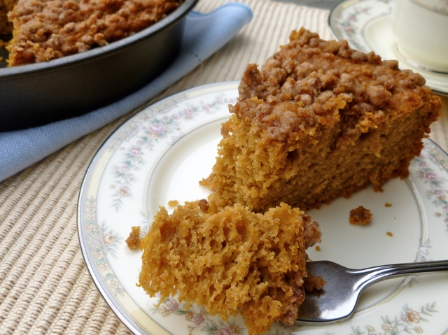 Low-Fat Pumpkin Streusel Coffeecake Made Lighter