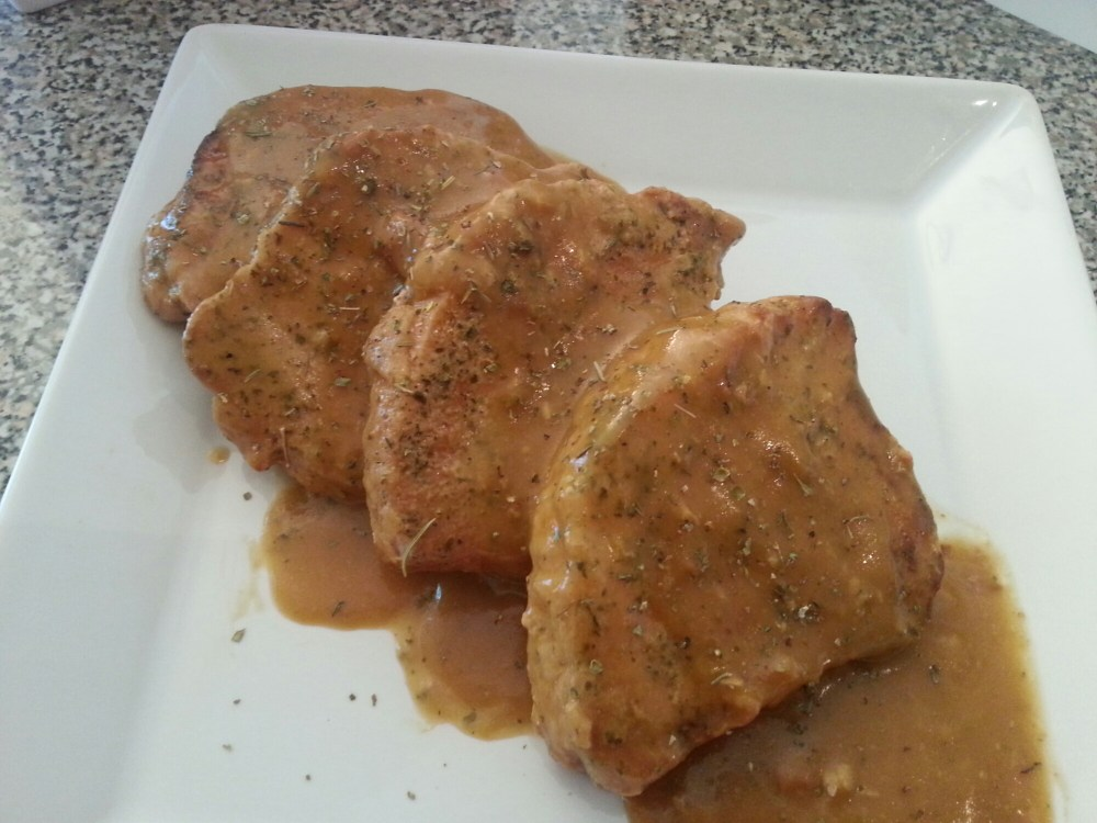 Slow Cooker Ranch Pork Chops With Gravy