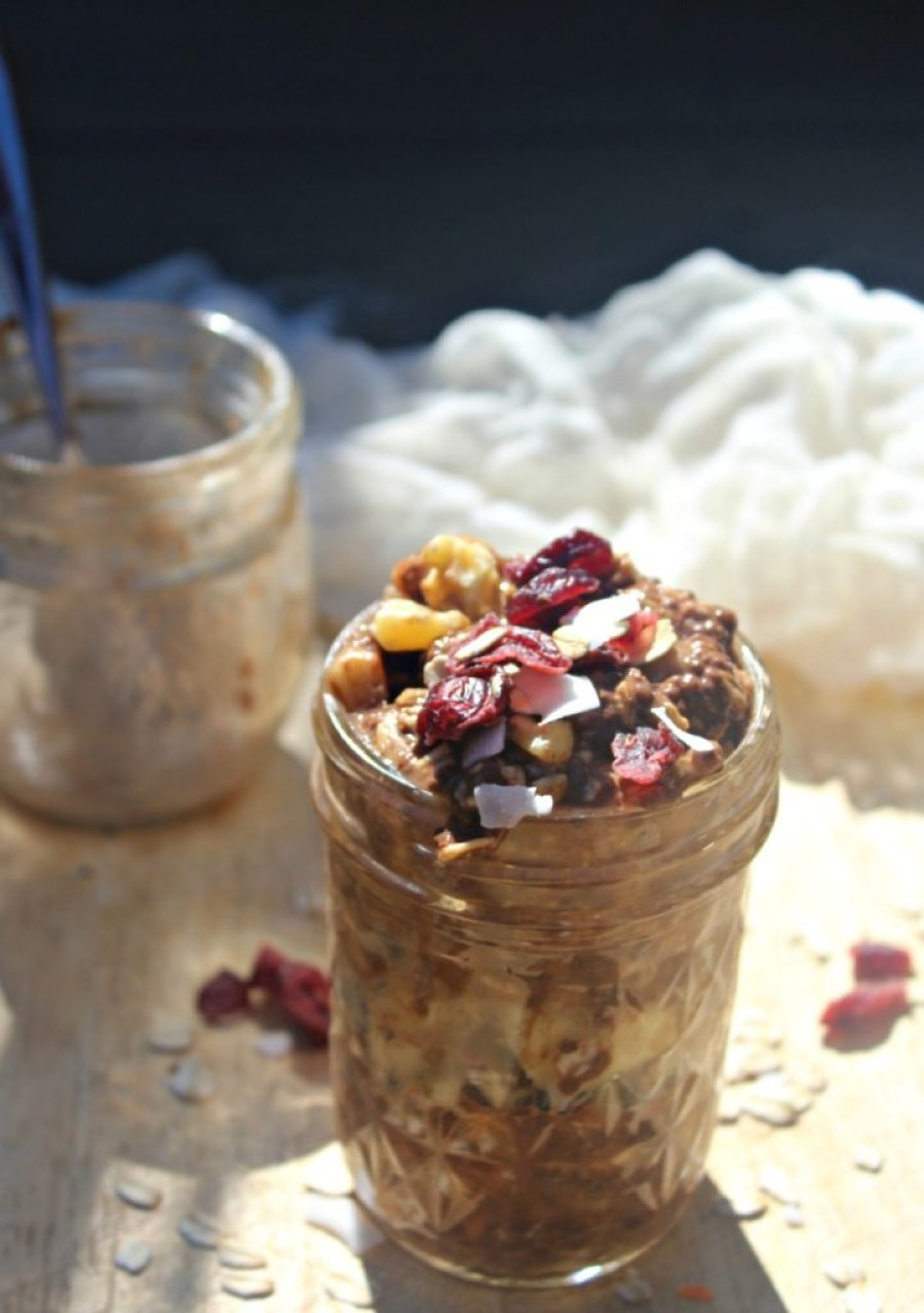 chocolate-banana-overnight-oats-with-walnuts-simple-and-savory