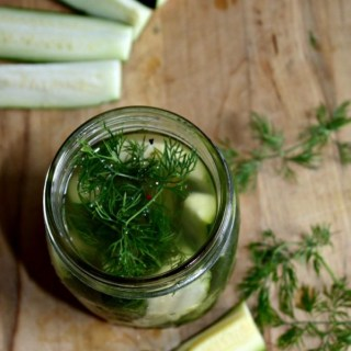 easy zucchini pickles simpleandsavory.com