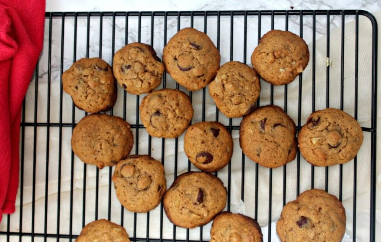 healthy-chocolate-chip-cookies-made-with-whole-wheat-flour-simple-and-savory-com