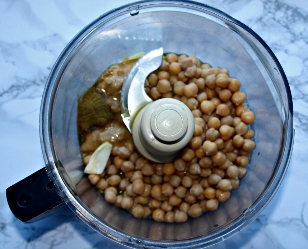 Hummus ingredients simpleandsavory.com
