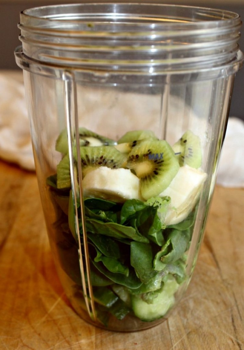 super green smoothie ingredients simpleandsavory