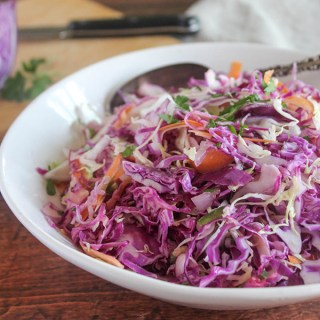coleslaw in a bow
