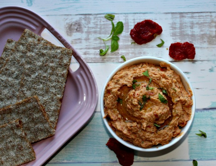 roasted garlic and sundried tomato hummus