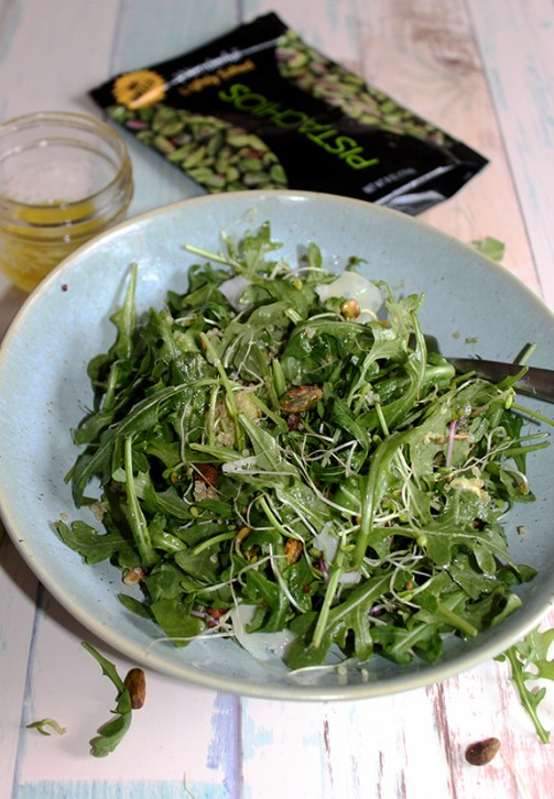 Arugula Spinach salad with pistachios gluten free