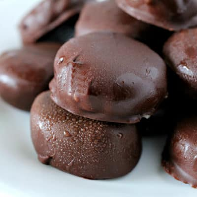 Indulge in a sweet treat without going completely overboard with these Chocolate Covered Banana Bites! The crispy chocolate shell is perfect with frozen banana slices.
