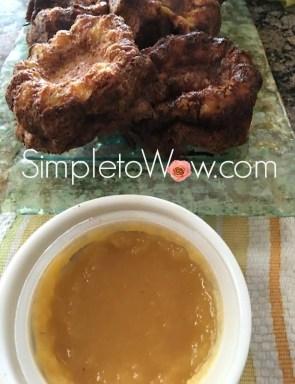 kugelatkes-with-apple-sauce