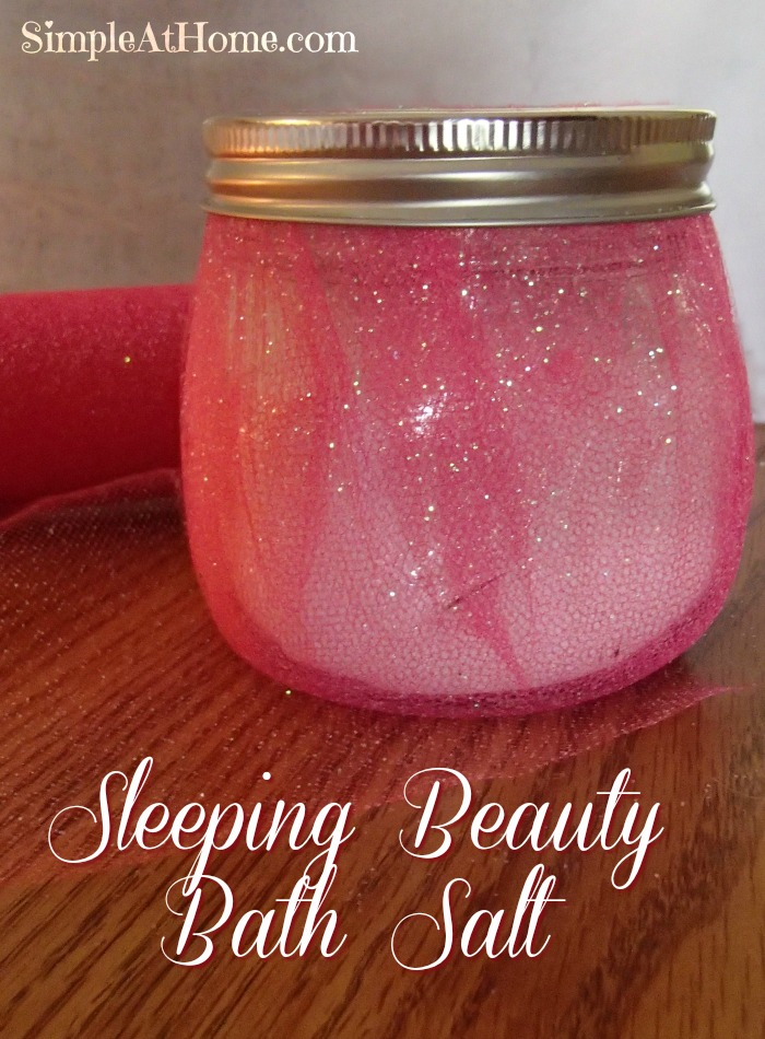 Need a DIY Christmas gift for a little princess? How about this Sleeping Beauty Bath Salt?