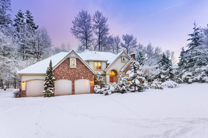 Top Tips to Help You Sell Your Home During the Winter