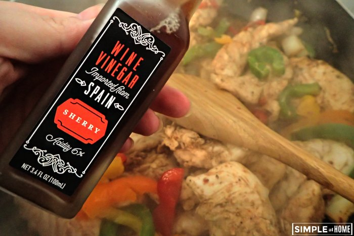 Chicken fajitas with red wine vinegar