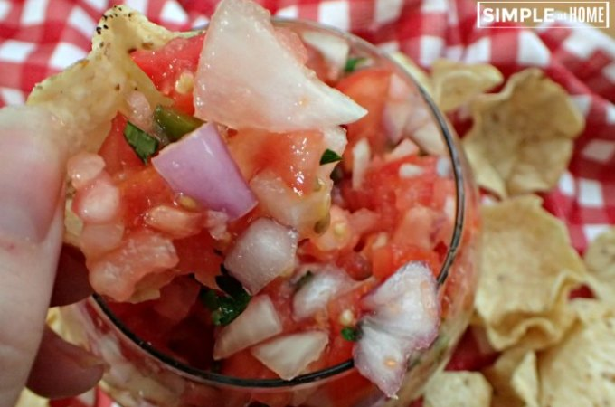 Pico de gallo without cilantro