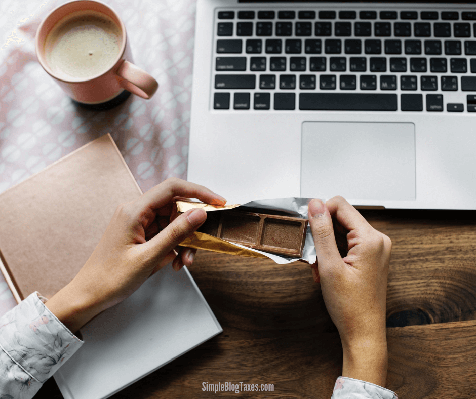 Barter Transactions for Bloggers. How to handle the taxes of the free stuff you get. #BarterTransaction #BlogTaxes #IncomeTaxes #BlogBookkeeping #SmallBusinessTips #TaxTips #BloggingTips SimpleBlogTaxes.com