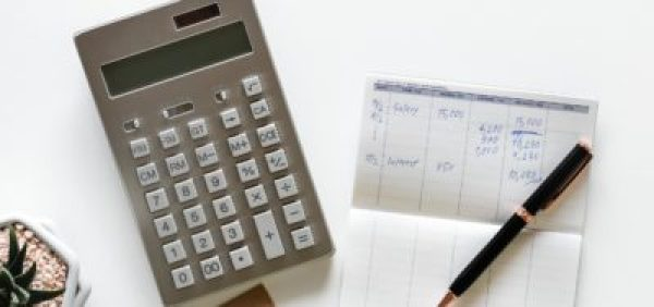 Mortgage payment calculator for winnipeg house and condo buyers.