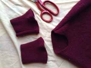 Sleeve cuffs for leg pieces.