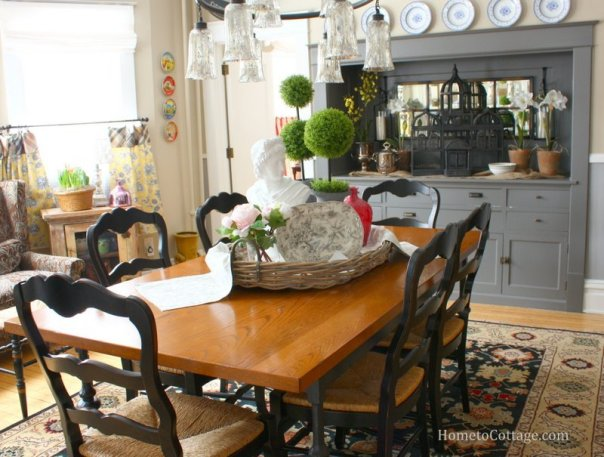 HometoCottage.com centerpiece in dining room