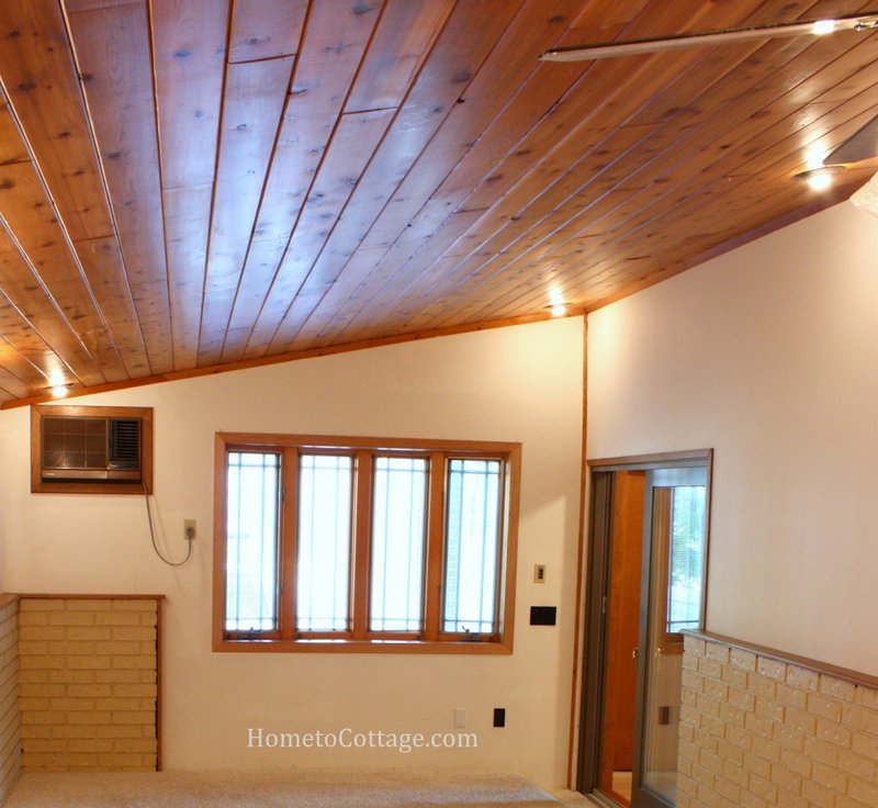 HometoCottage.com breakfast room wood ceiling before