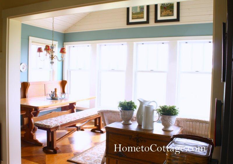 HometoCottage.com doorway from kitchen to sun room breakfast room