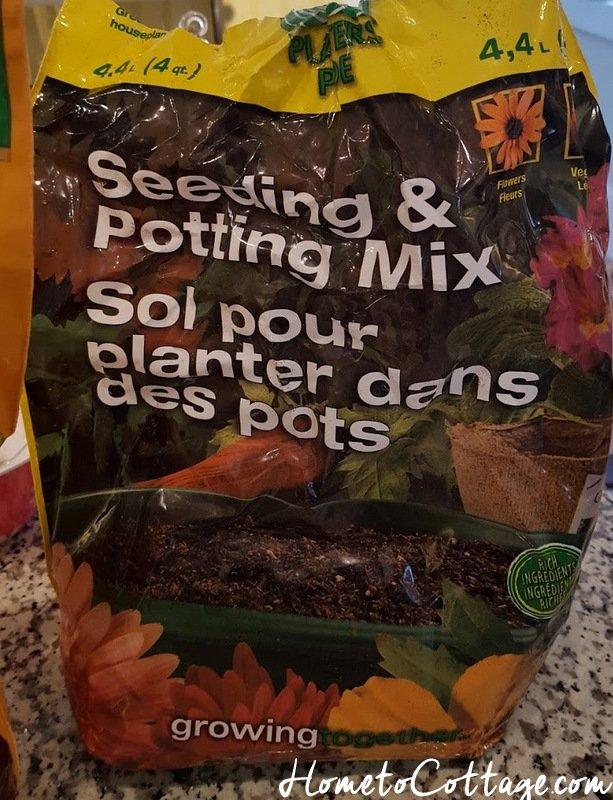 HometoCottage.com potting soil