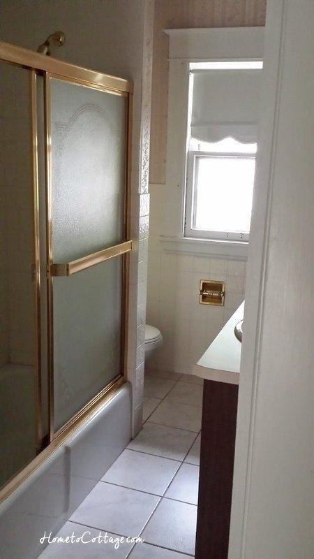 HometoCottage.com doorway before