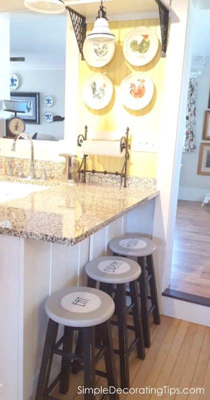 SimpleDecoratingTips.com eat drink and be merry counter stool makeover