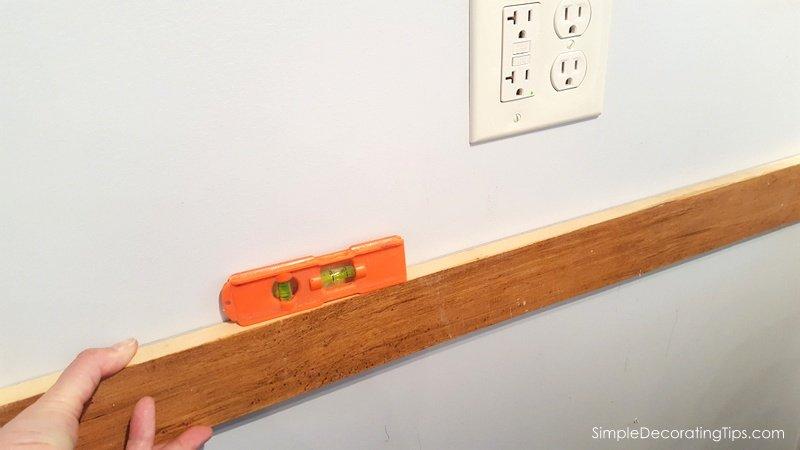 Como montar uma prateleira quando não há nenhum garanhão Dicas simples de decoração.com's No Stud SimpleDecoratingTips.com