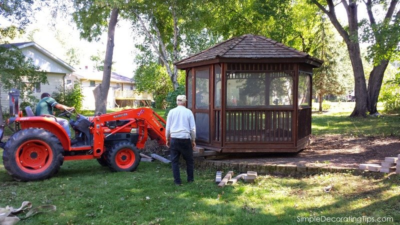 SimpleDecoratingTips.com Moving a Gazebo onto the Property