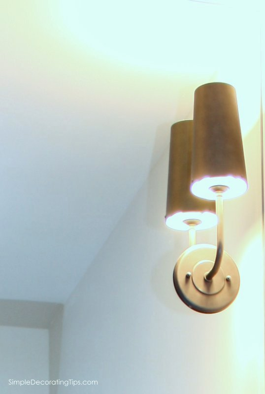 SimpleDecoratingTips.com Vanity Sconce Lighting