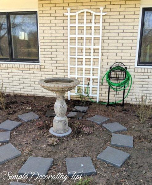 Before & After Circular Garden SimpleDecoratingTips.com