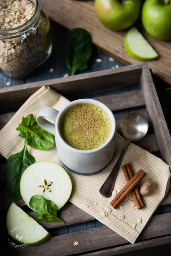 Warm Apple Pie Green Smoothie-4