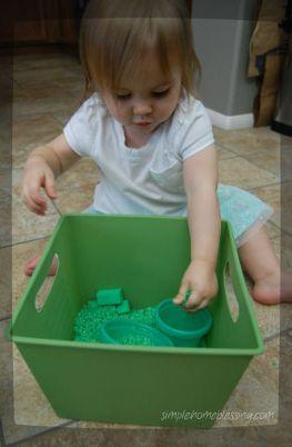 green sensory bin_opt