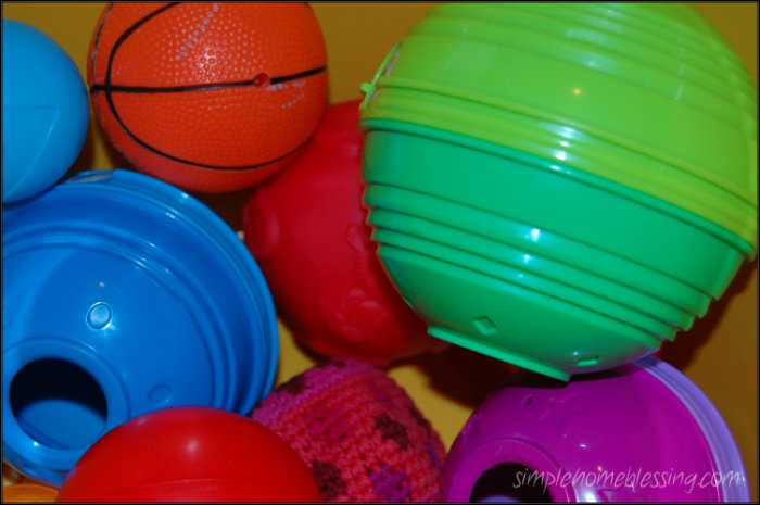 simple baby play ideas using balls - simple ideas for baby play and learning