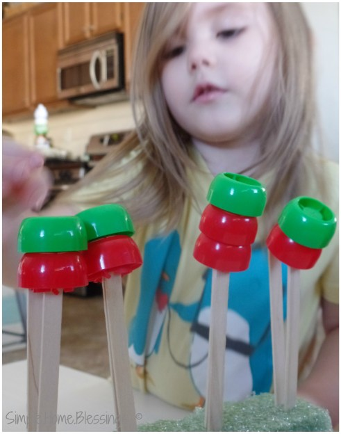 Apple Stacking Game for Preschool and Tot kids - develops fine motor and math skills