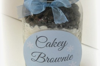Homemade Holiday: Cakey Brownie