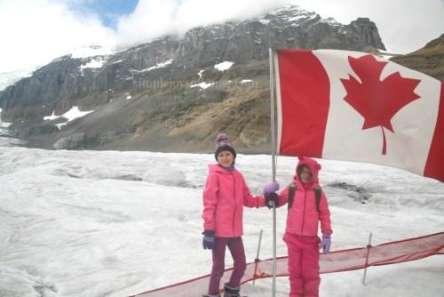 girls-icefield