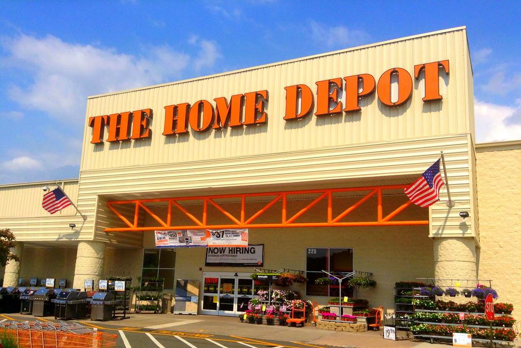 Home Depot Having Huge Christmas Decorations Sale