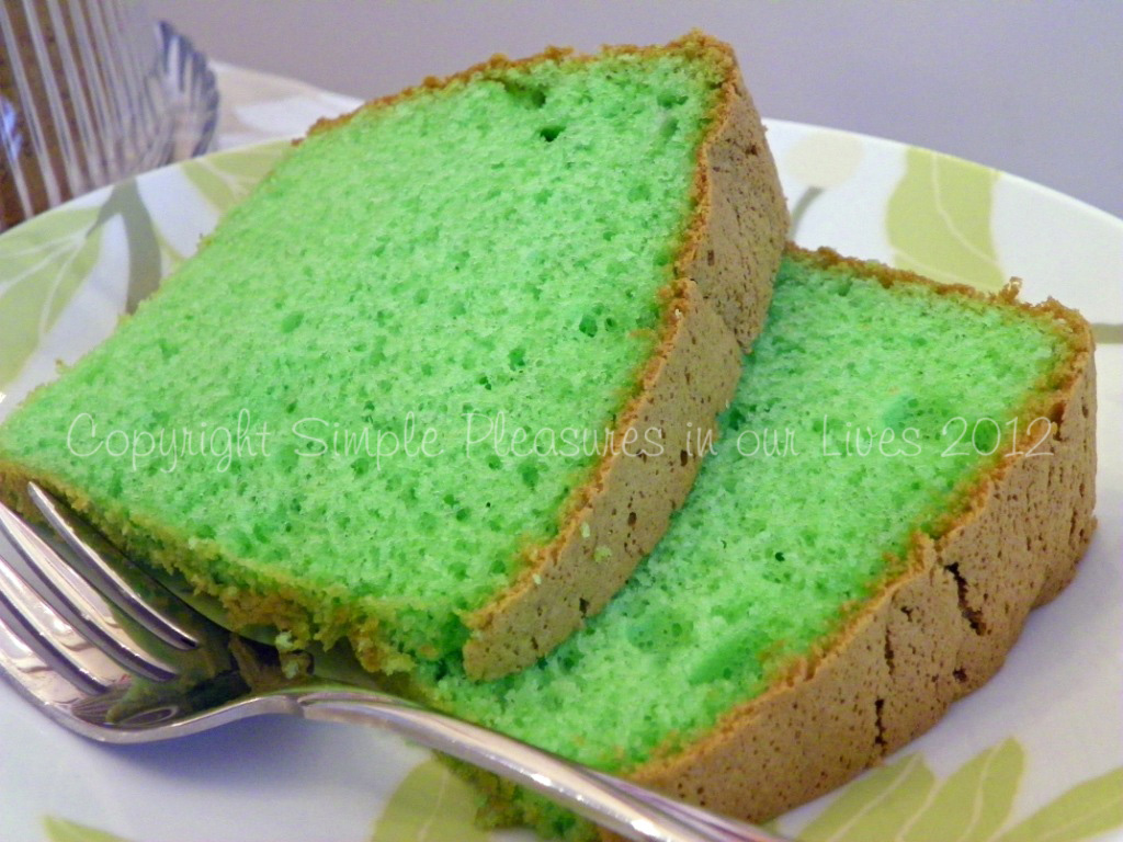 Pandan Chiffon Cake Revisited