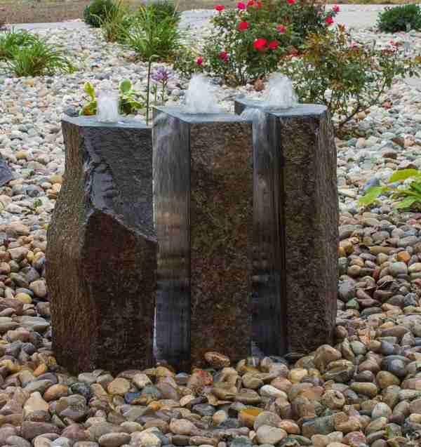 Triple split basalt kit on gravel