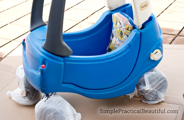 Painting a toddler's Cozy Coupe