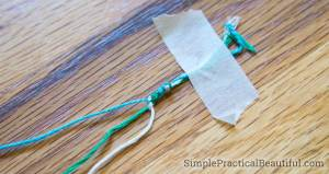 Learn to make a simple friendship bracelet | How to make a bracelet with embroidery floss | Basic friendship bracelets for a summer kid craft | Knot tying bracelet