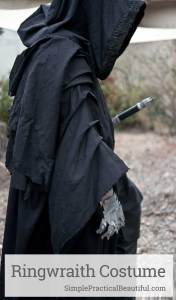 How to make a Nazgul or Ringwraith costume from The Lord of the Rings for Halloween or cosplay | Sword, gauntlets, and cloak