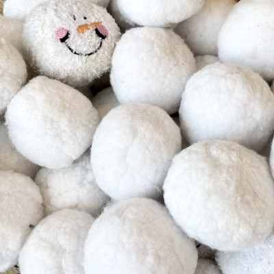 5 Easy Indoor Snowball Party Games