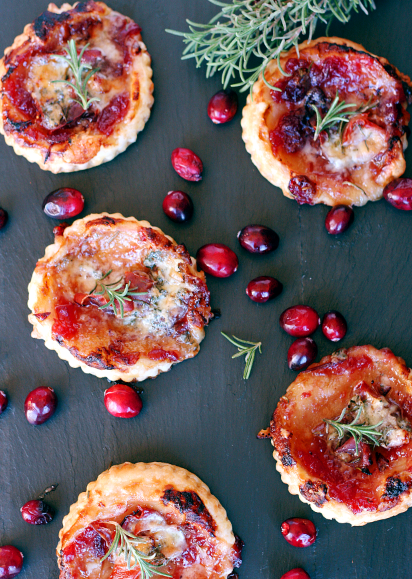 puff-pastry-appetizers-with-prosciutto