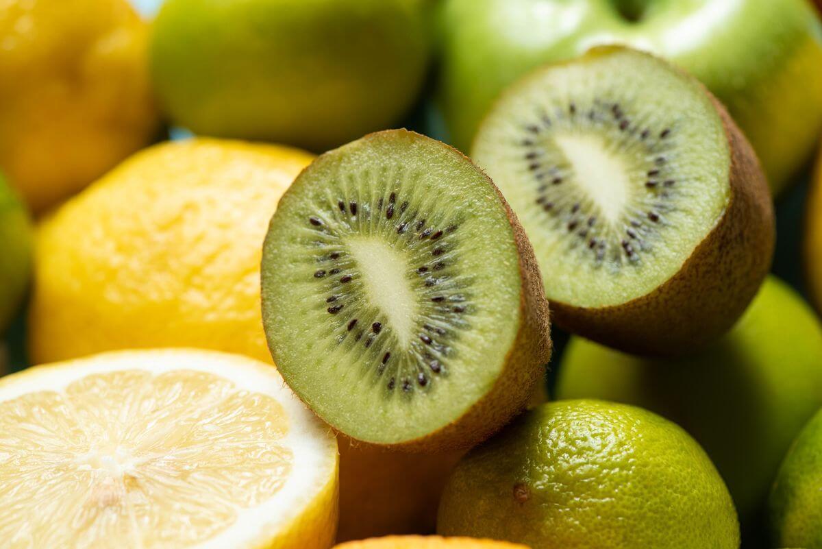 киви и лимон польза