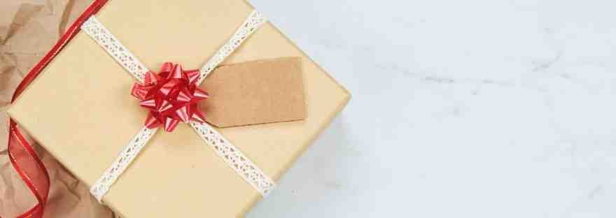 Simple gift giving 8 ideas to reduce your christmas stress simple gift giving 8 ideas to reduce your christmas stress negle Images