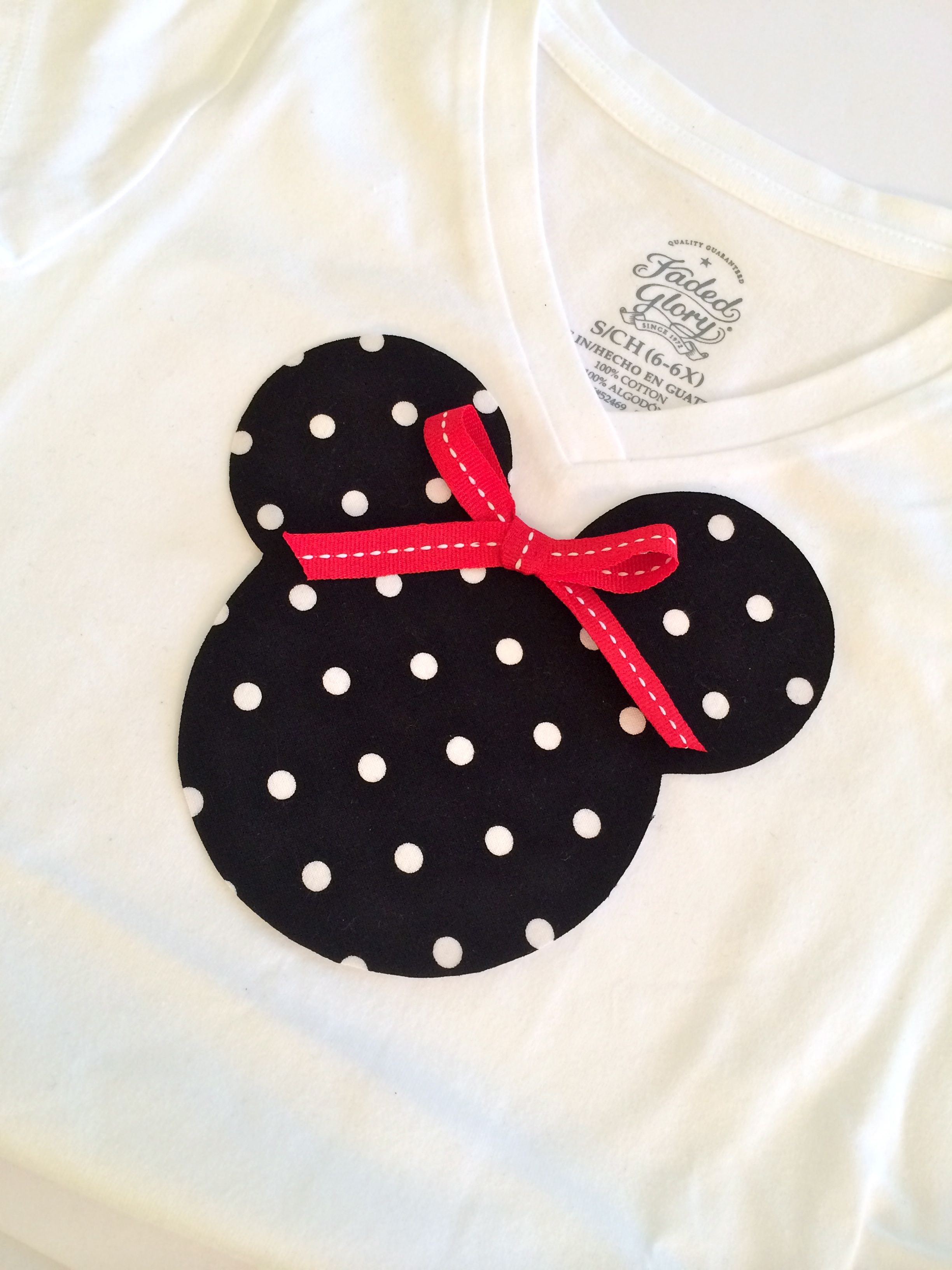 Minnie Mouse Applique Tee - Simple Sojourns