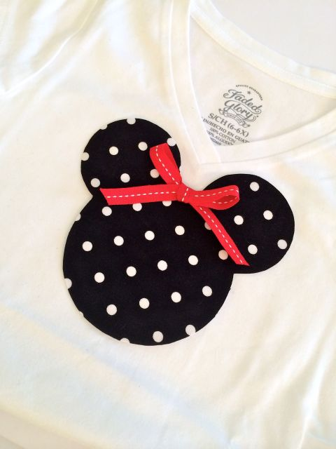 DisneySide Minnie Mouse Applique Tee - Simple Sojourns
