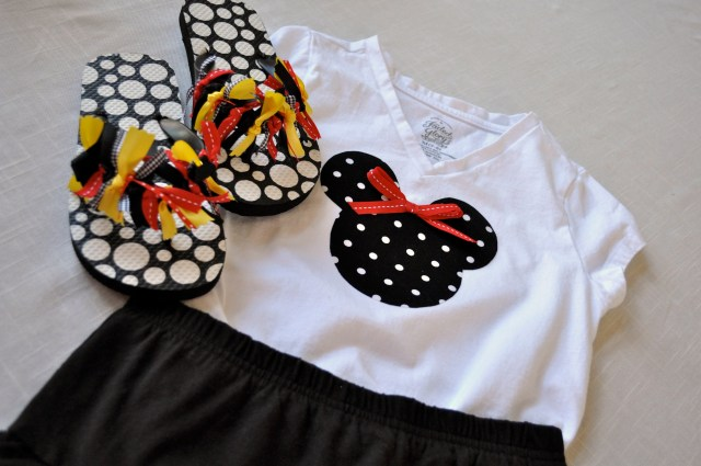 Minnie Mouse Outfit under $10 - SimpleSojourns
