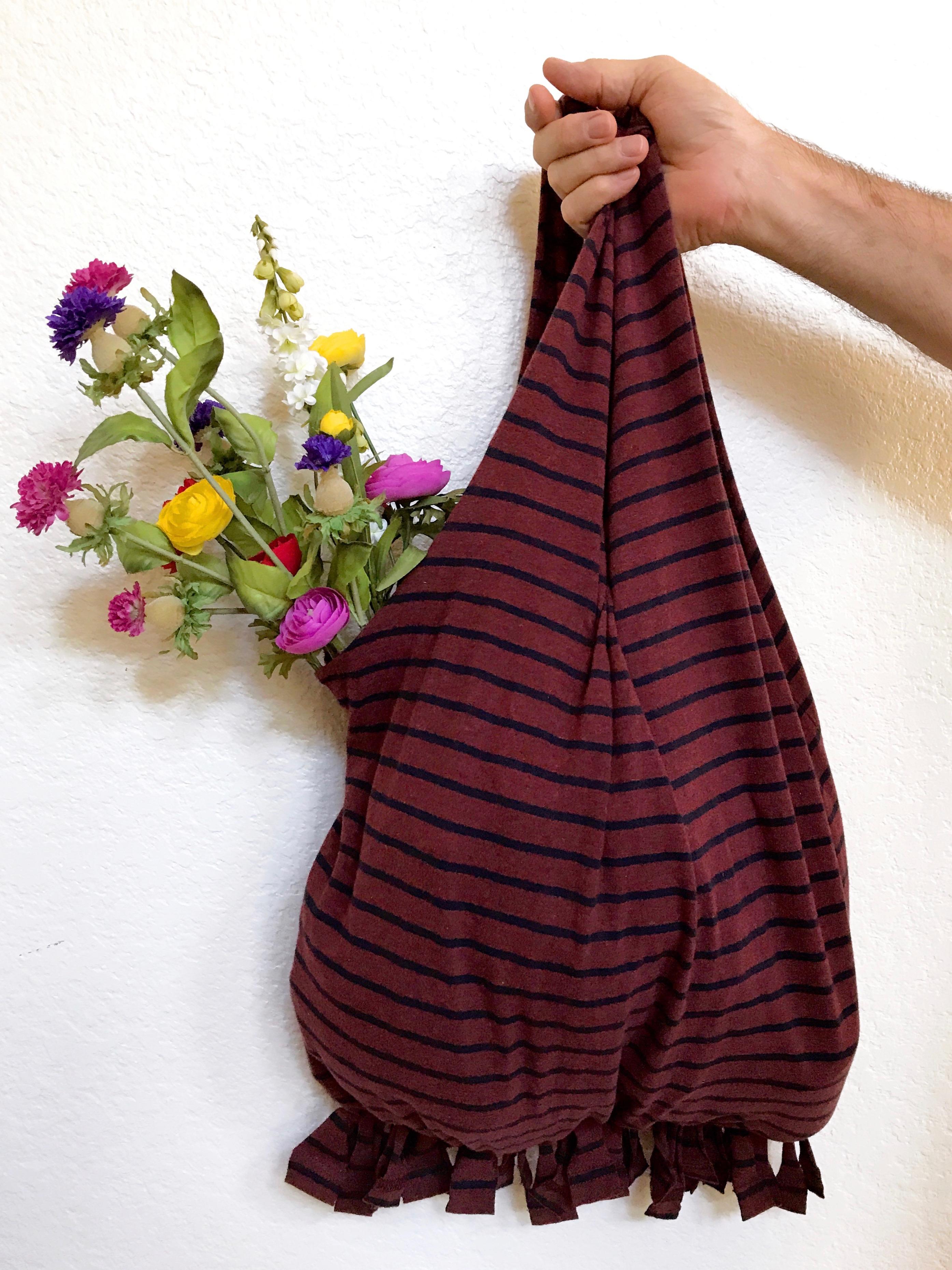DIY T-Shirt Reusable Shopping Bag - Simple Sojourns