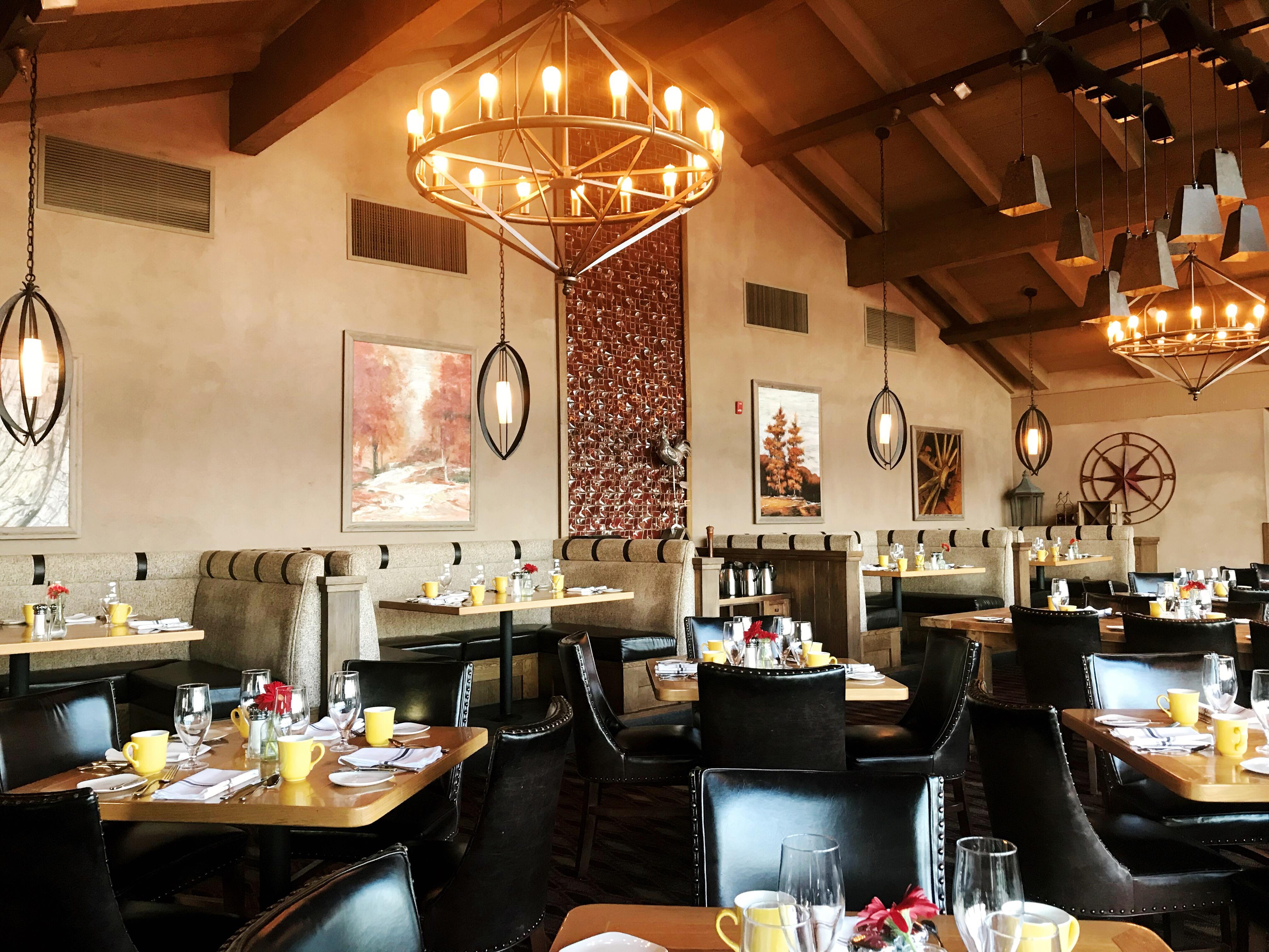 Cork Fire Kitchen Temecula Creek Inn - Simple Sojourns #TemeculaCreekInn #hotels #resorts #GolfResort #Temecula